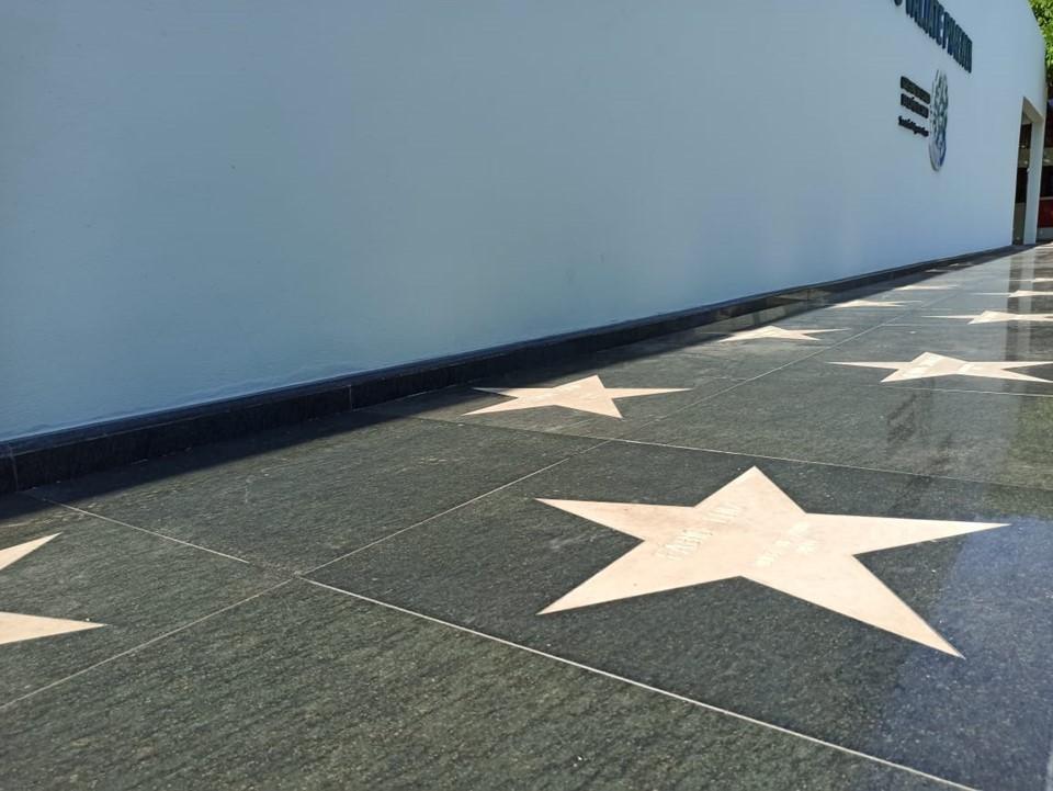 Comissão define 15 atletas que concorrem a homenagem na Calçada da Fama! Saiba quem são!