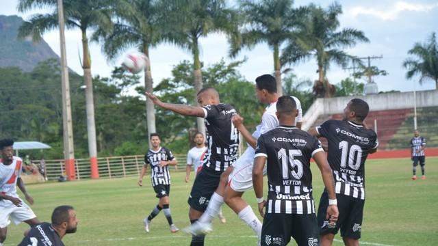 Real Noroeste volta a vencer o Estrela e avança para a semifinal do Capixabão 2021