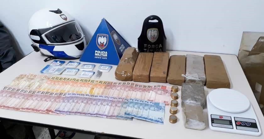 Polícia Militar apreende cinco quilos de maconha em Colatina