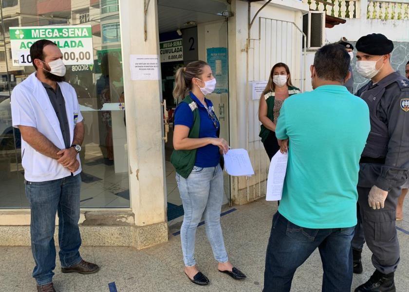 PM participa de operação de conscientização e fiscalização em São Domingos do Norte