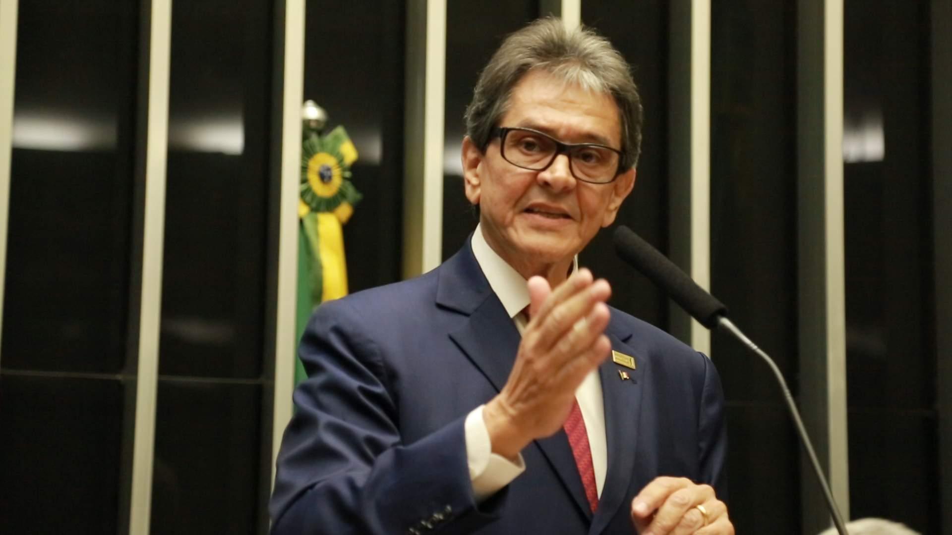 """Para derrubar Bolsonaro, só se for a bala"", afirma Roberto Jefferson"