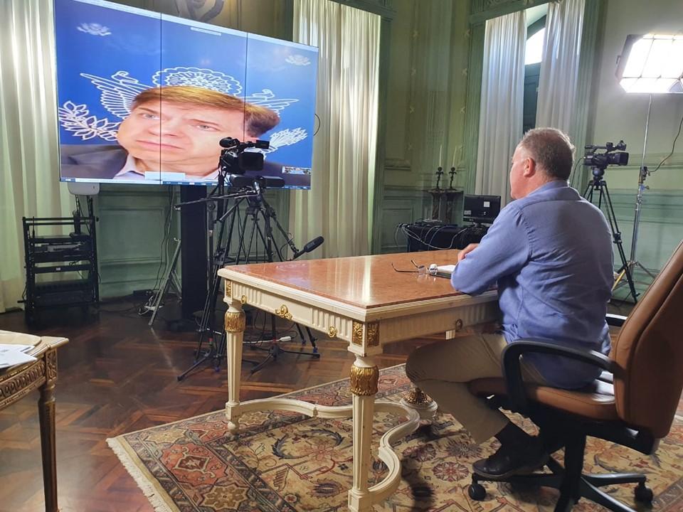 Governador Casagrande se reúne com embaixador dos Estados Unidos