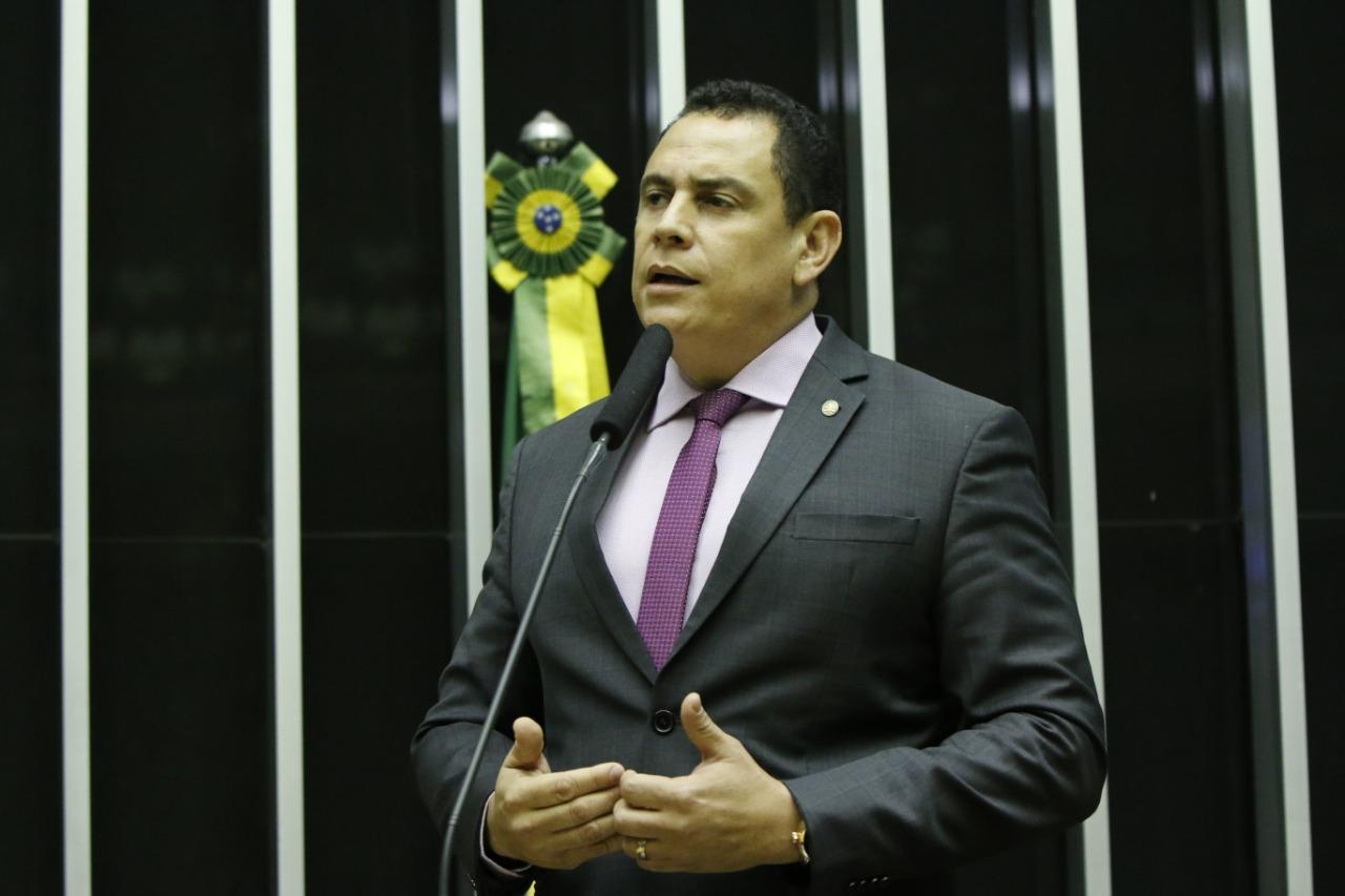 Deputado Da Vitória comemora sanção da lei que autoriza distribuição de merenda escolar durante pandemia