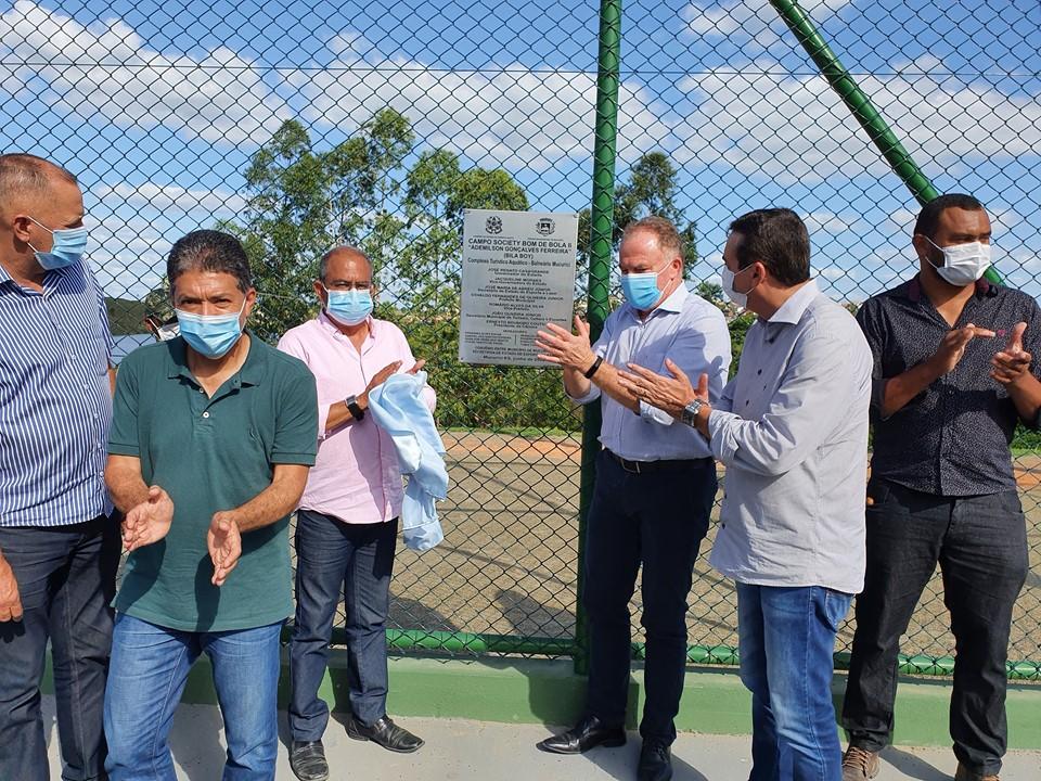 Governador faz entregas e visita obras em Mucurici