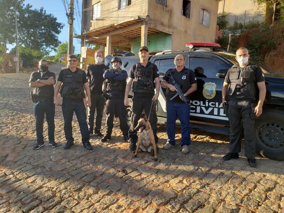 Suspeitos de homicídio em Colatina são presos pela equipe da DHPP do município em Minas Gerais