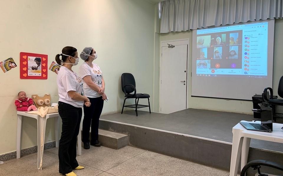 Banco de Leite do Himaba promove bate-papo virtual sobre amamentação