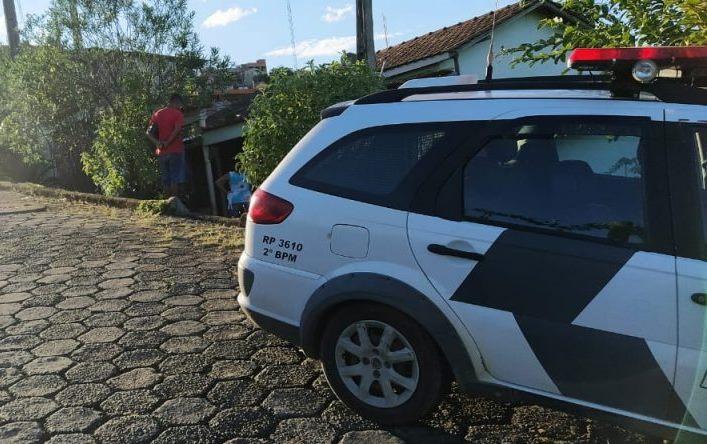 Mulher é encontrada morta na varanda de casa em São Gabriel da Palha