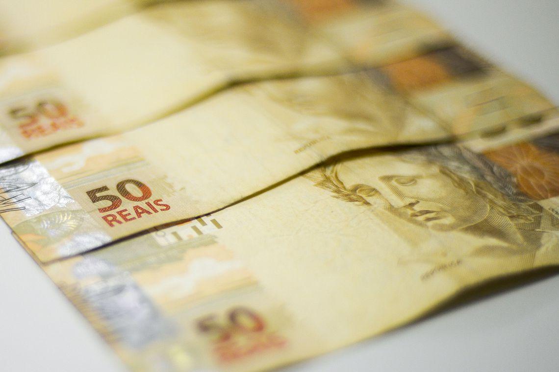 Organizar as finanças no próximo ano pode ser promessa da virada
