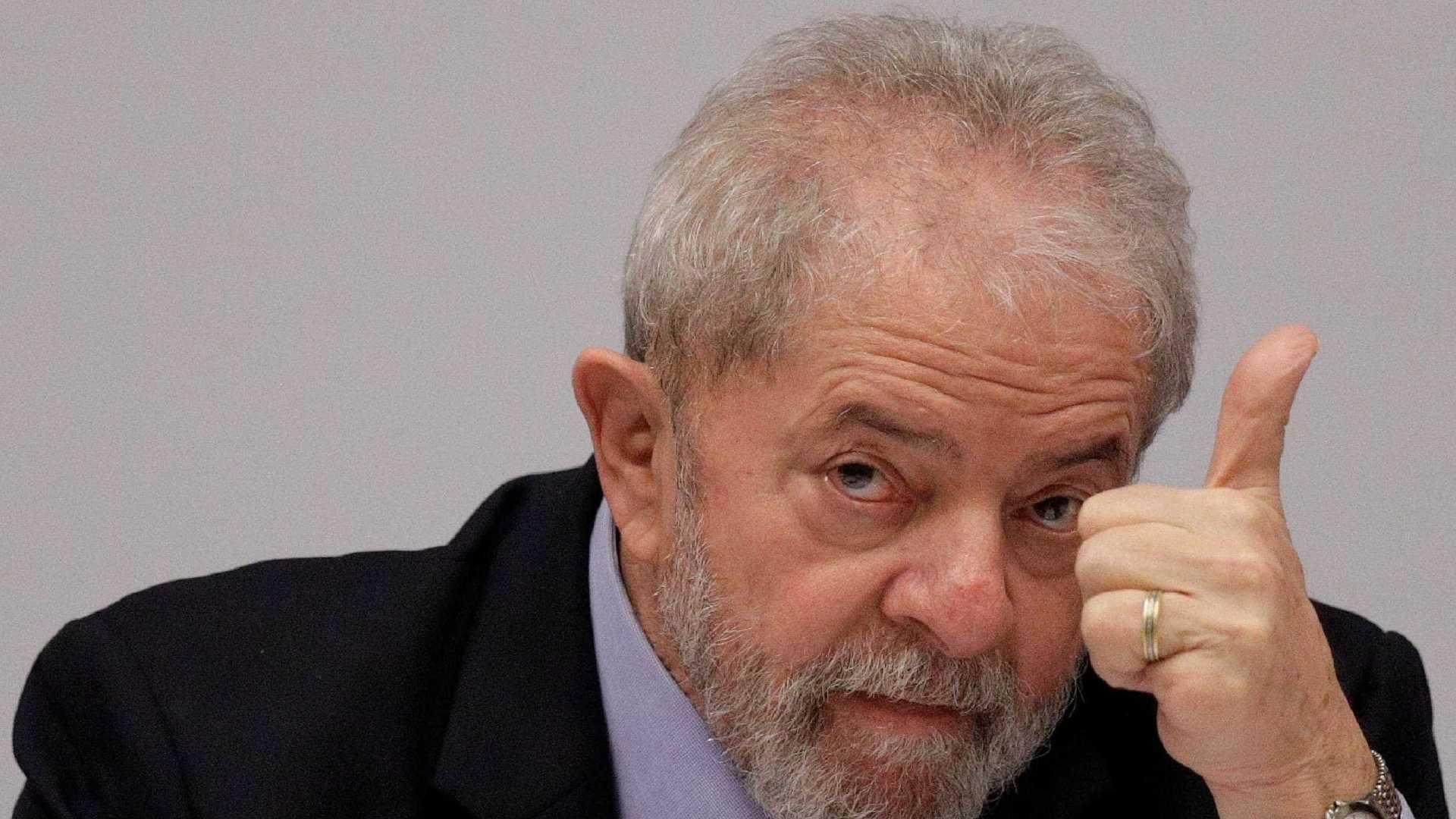 Polícia Federal indicia Lula por propina disfarçada de doações para Instituto