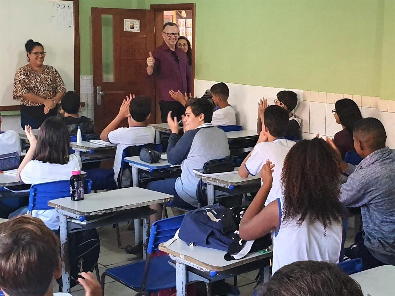 Majeski fiscaliza, MP cobra e Governo reserva R$ 109 milhões para regularizar escolas