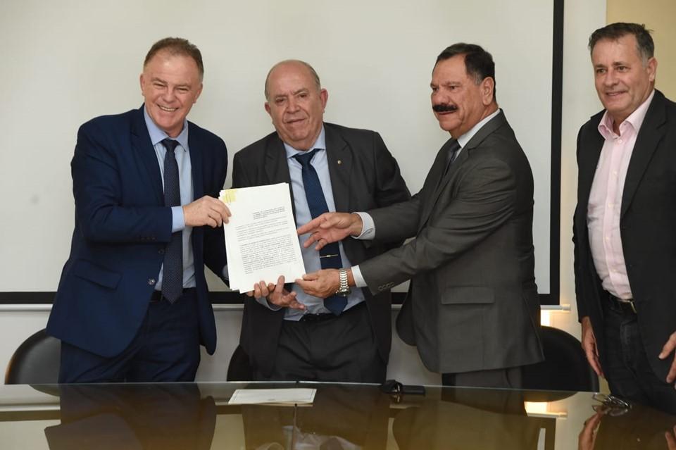 Governo do Estado e TJES assinam convênio para reforma do Complexo Judiciário de Vitória