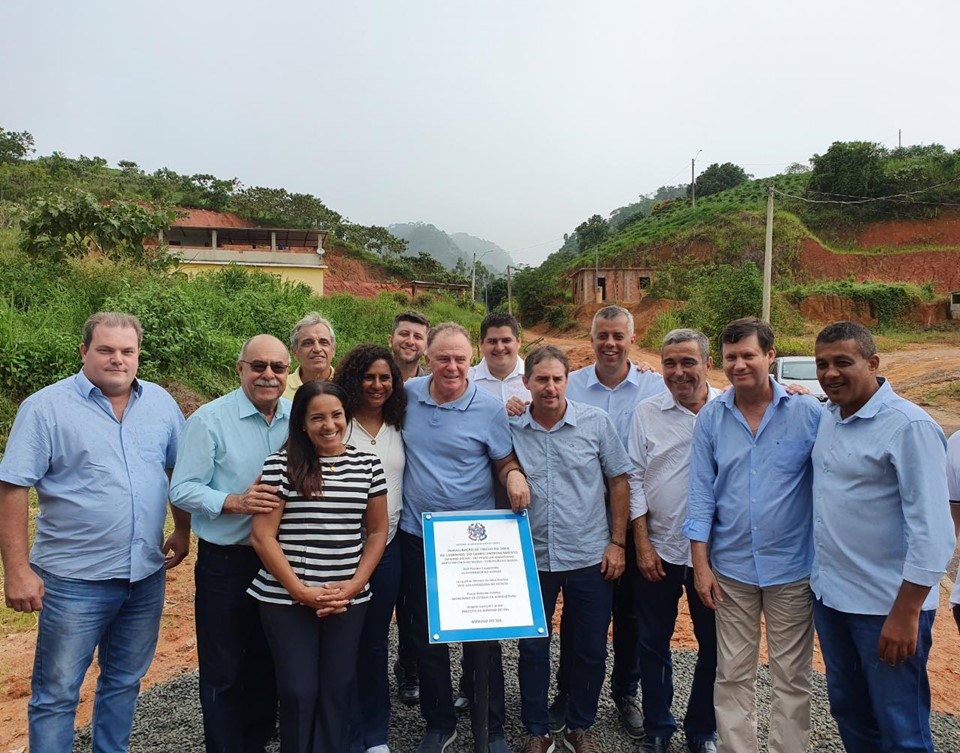 Governo inaugura estrada do Programa Caminhos do Campo em Mimoso do Sul