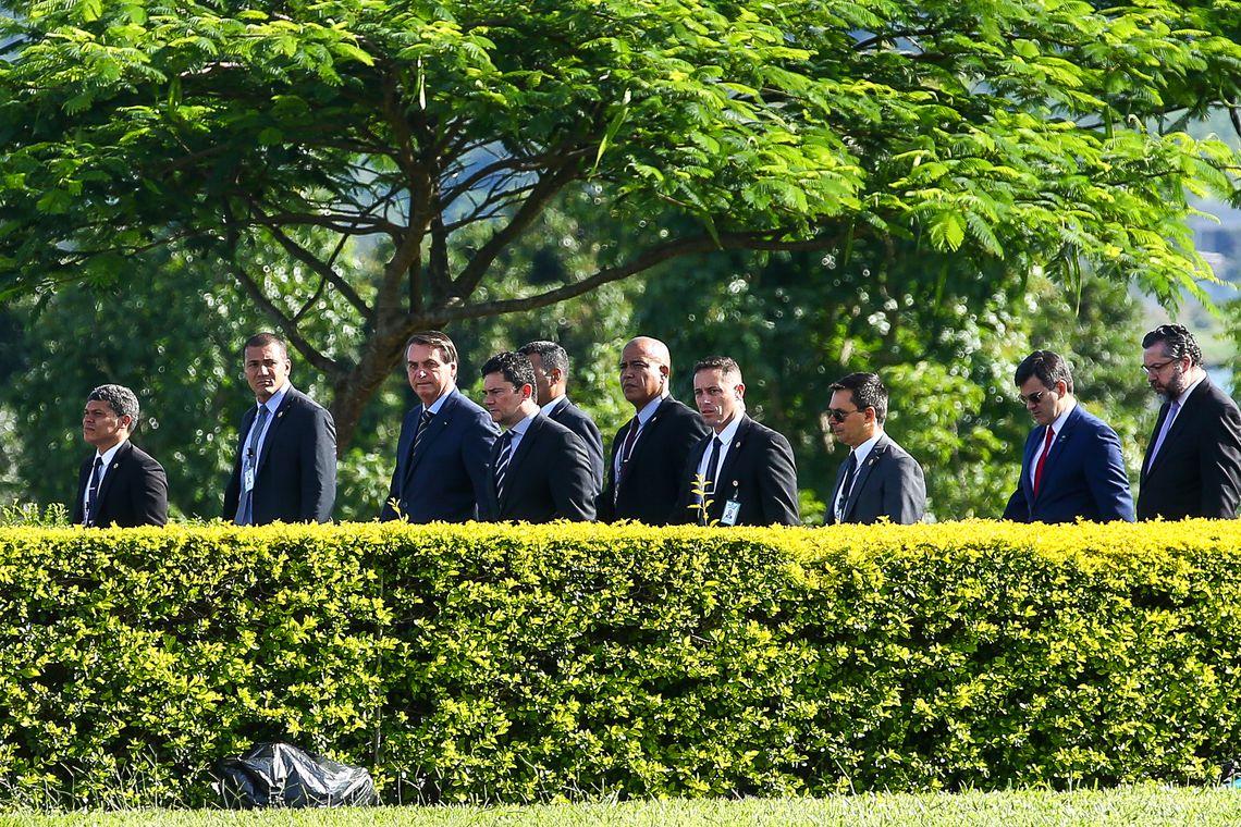 """Bolsonaro: reforma administrativa vai contemplar """"números e pessoas"""""""