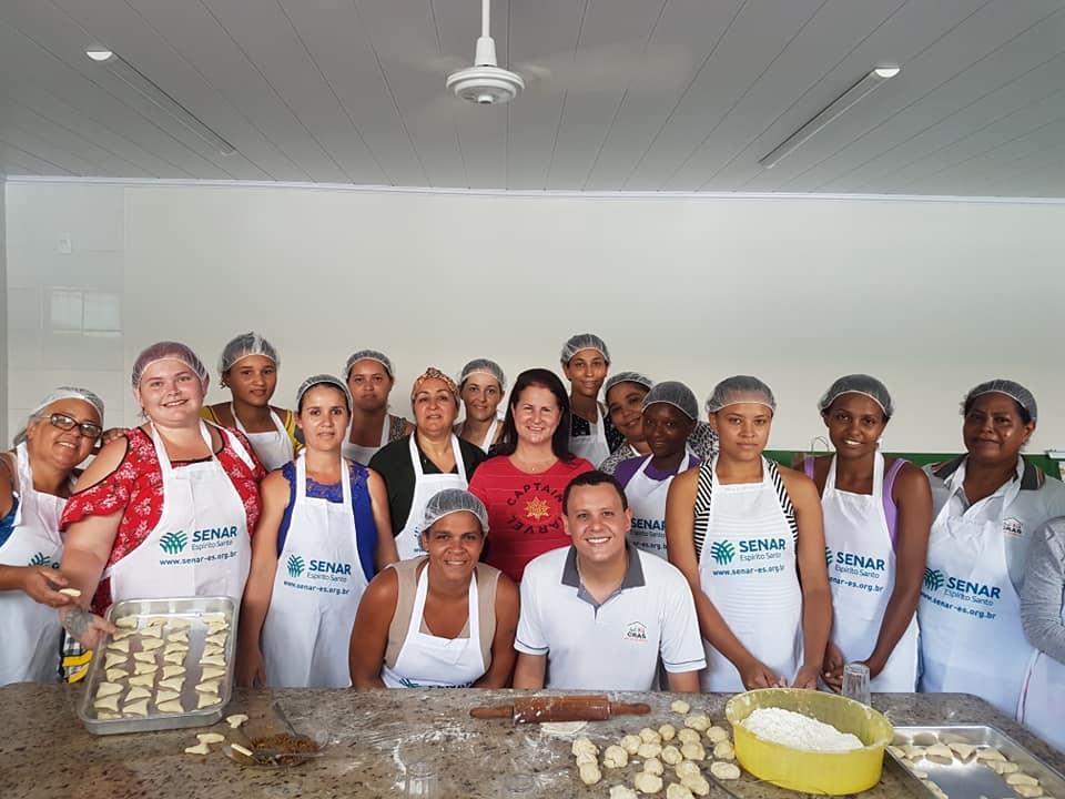 SENAR promove curso para produção de doces e salgados em São Domingos