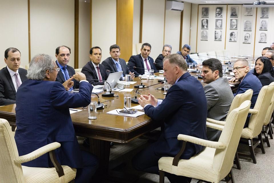 Governador e bancada federal se reúnem com ministro da Economia