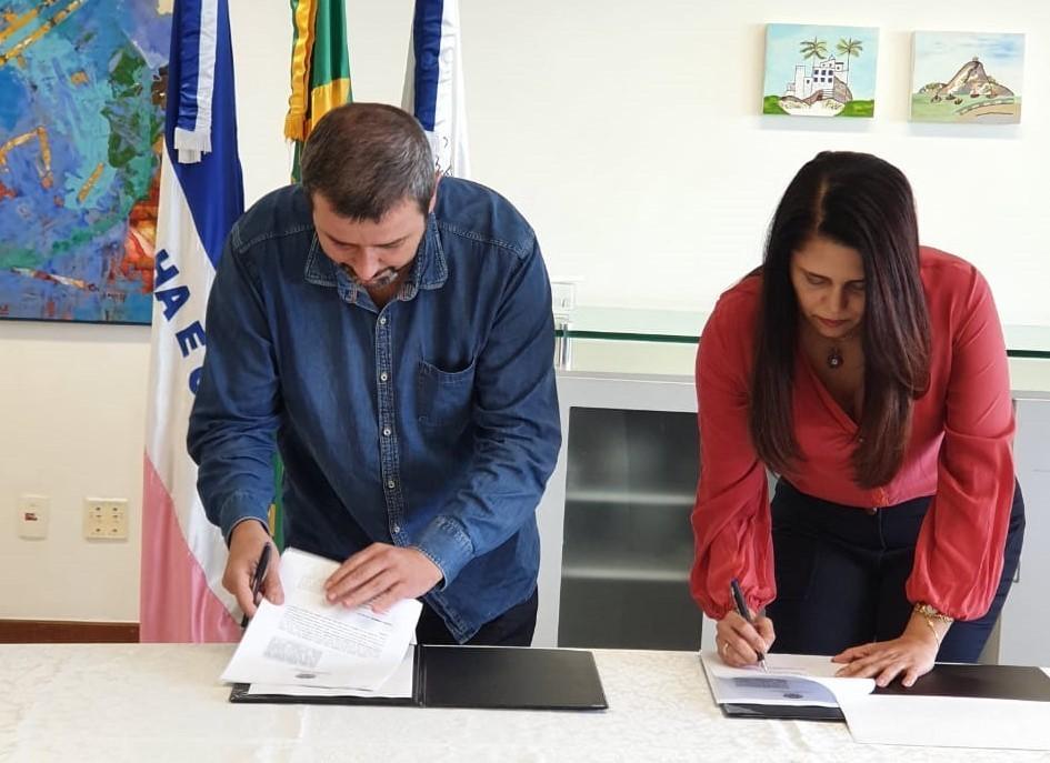Sesa assina acordo de cooperação técnico-normativa para subsidiar judicialização de serviços e medicamentos
